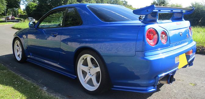 Wayne - Nissan Skyline R34 GTR