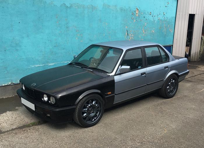 Daniel\'s BMW E30 316i has a Nissan \'SR20DET\' engine in it ...